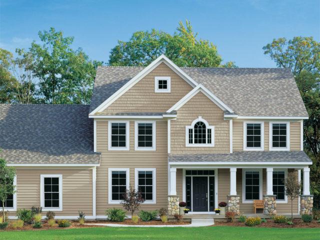 外壁リフォームがあか抜けるカギは屋根とのカラーバランス!<br>ファッションにも共通するコーディネートのルールで、よりきれいな外壁に