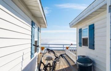 外壁リフォームで湘南風スタイルを目指す!塩害に強く、空と海の青が似合うリゾートな家