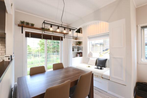 カフェ風のかわいい外観の家!事例写真を見て家づくりの参考にしよう