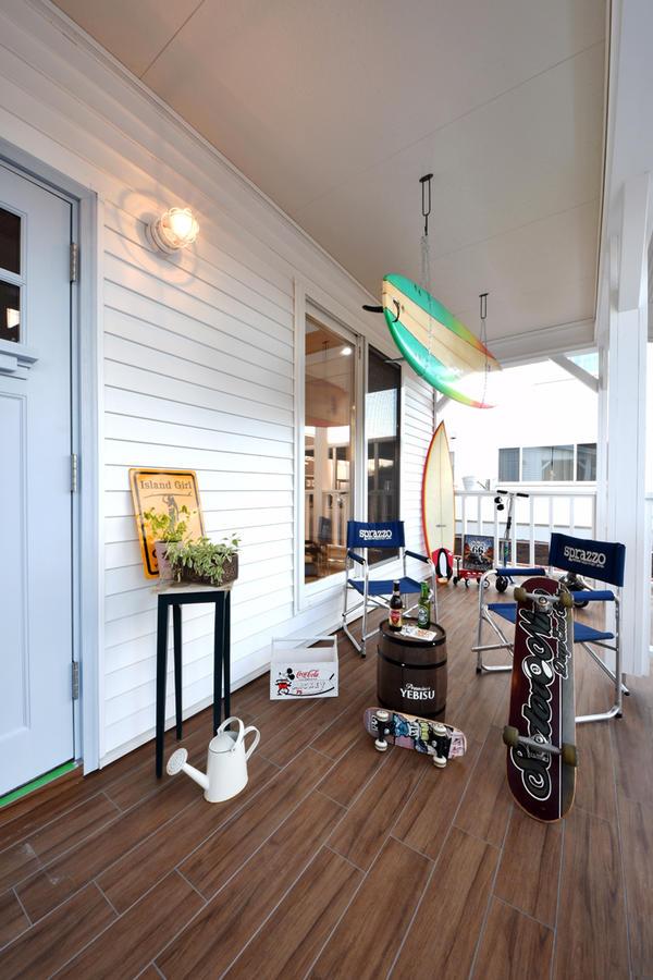 カバードポーチのある家の魅力やプランニングのポイントと、おしゃれな事例